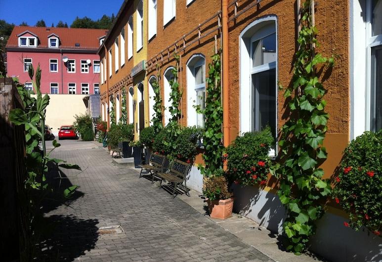 An der Porzellan Manufaktur, Meissen