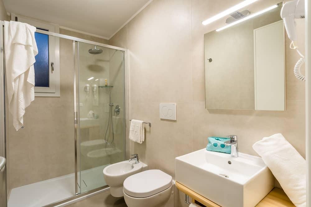 舒适开放式客房 - 浴室