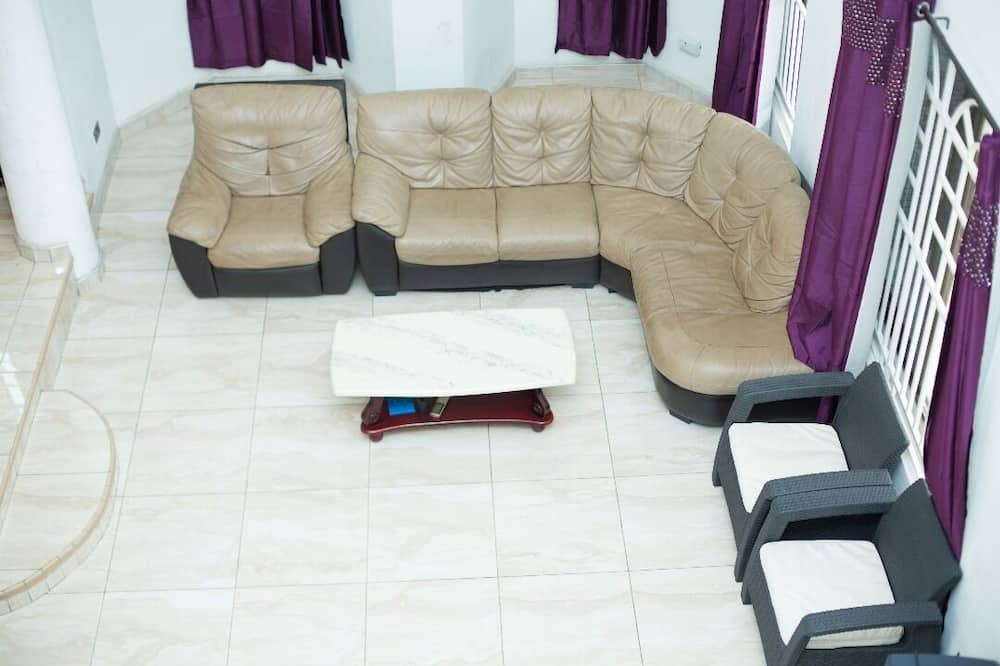 Executive Double Room, 1 King Bed, Non Smoking - Living Room