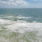 Butas, Kelios lovos (SEA HAVEN 221 [3/2] FREE ACTIVITIES! ) - Paplūdimys