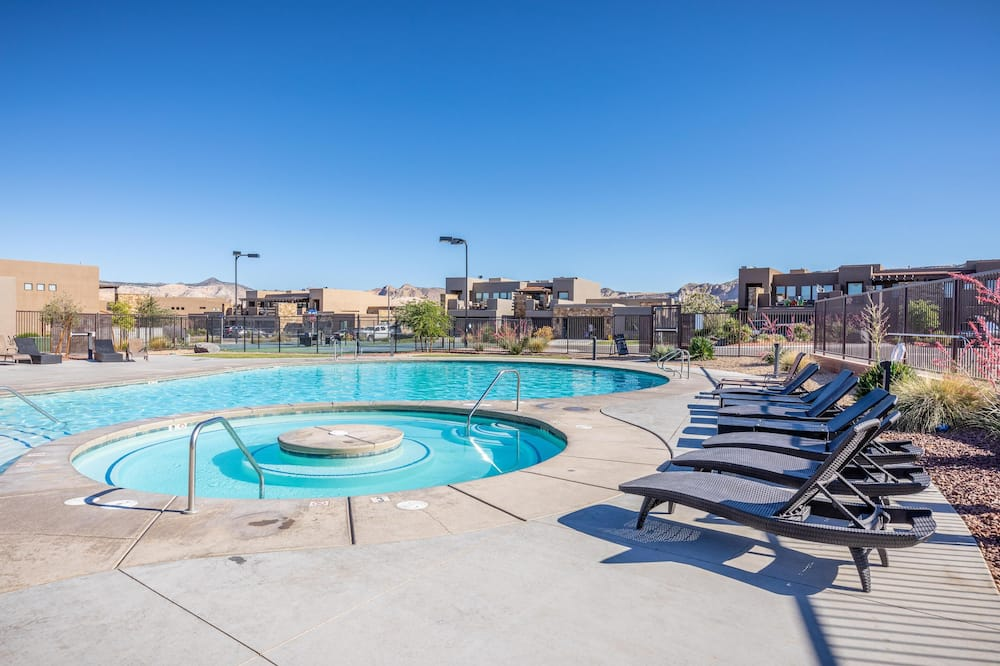 House, Multiple Beds (Canyon Views) - Pool