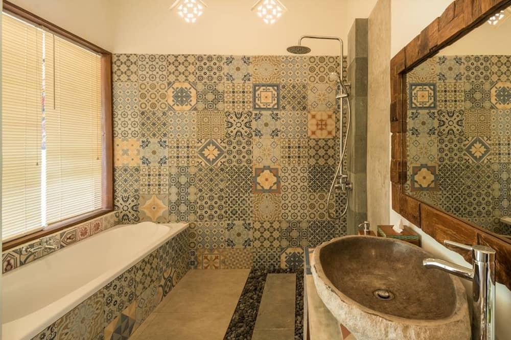 Phòng đôi Superior, Quang cảnh vườn - Phòng tắm