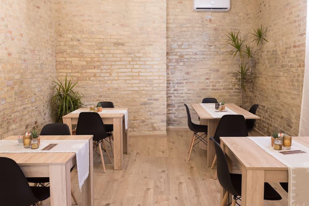 Aamiaishuone