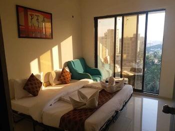 Bombay bölgesindeki Mumbai House Luxury Apartment resmi
