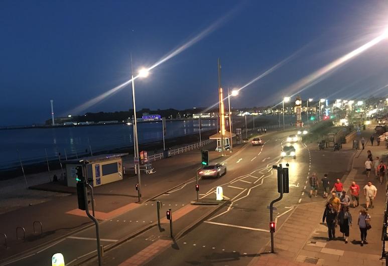 The Sherborne, Weymouth, Plaža