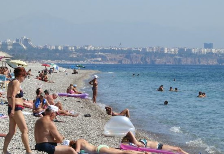 Antalya Beach&Hotel, Bakú, Playa