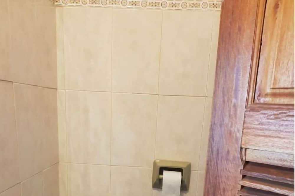 Standartinio tipo vienvietis kambarys - Vonios kambarys