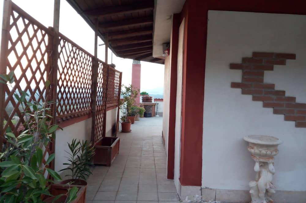 Panoramic Studio, 1 Bedroom, Valley View - Living Room