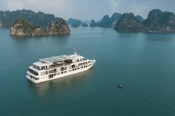 תמונה של Athena Royal Cruise בהא לנג