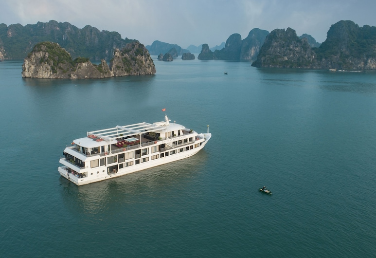 Athena Royal Cruise, Ha Longas, Viešbučio teritorija
