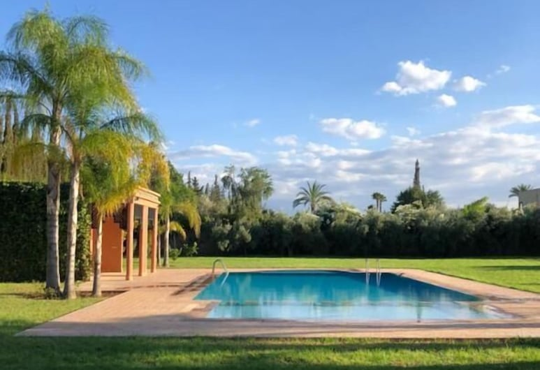Villa London, Marrakesh, Kolam Renang Luar Ruangan