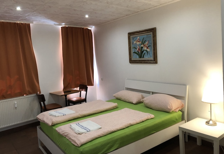 Pension Santorini, Lubeck, Double Room, Guest Room