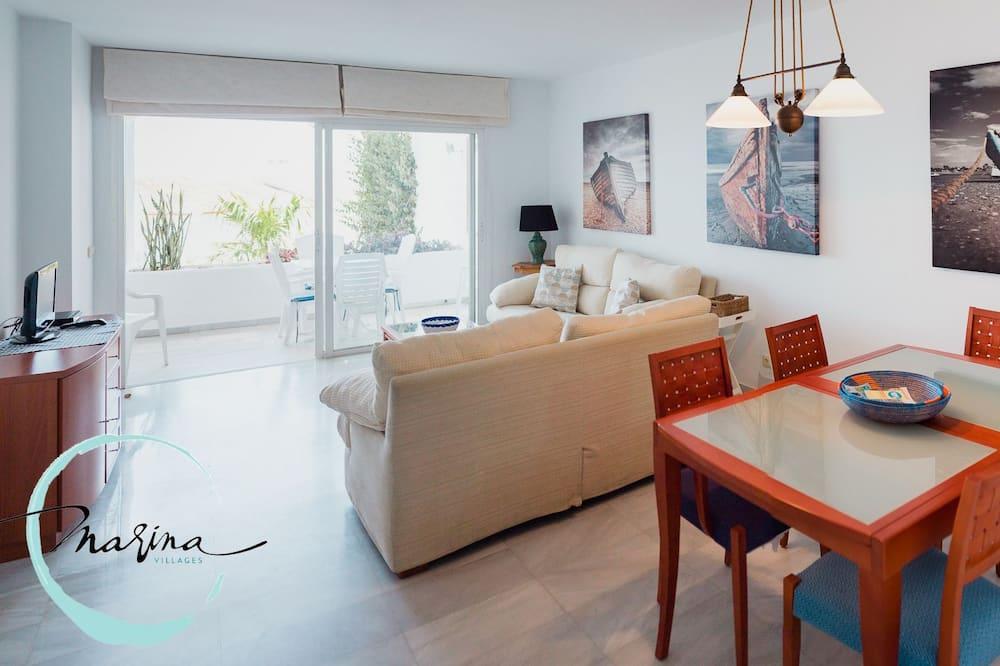 Apartment, 2 Bedrooms, Terrace, Partial Sea View - Living Room