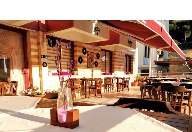 Erciyes Otel Kusadasi, Kuşadası, Otel Barı