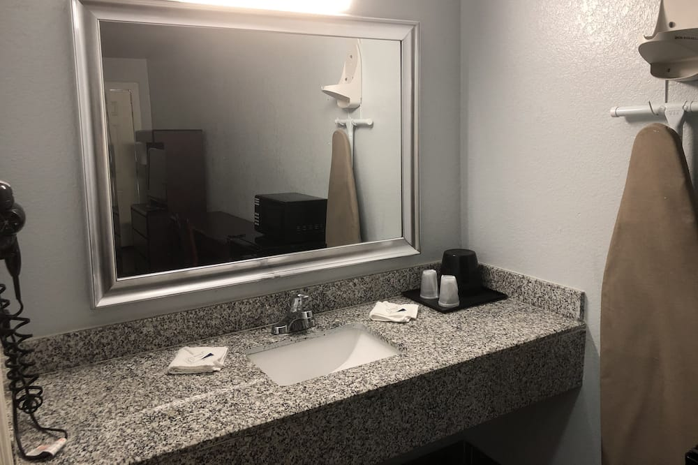 トラディショナル ダブルルーム 喫煙可 - バスルーム