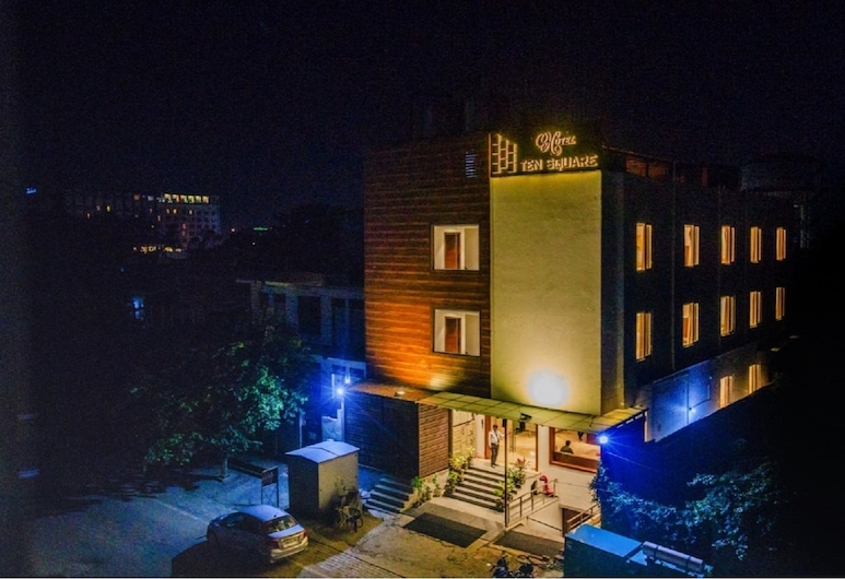 Hotel Ten Square, Agra, Hotel Front – Evening/Night