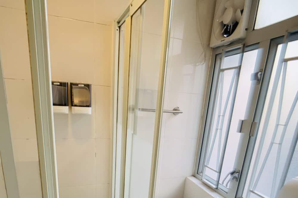 Comfort Single Room, Courtyard View - Bathroom