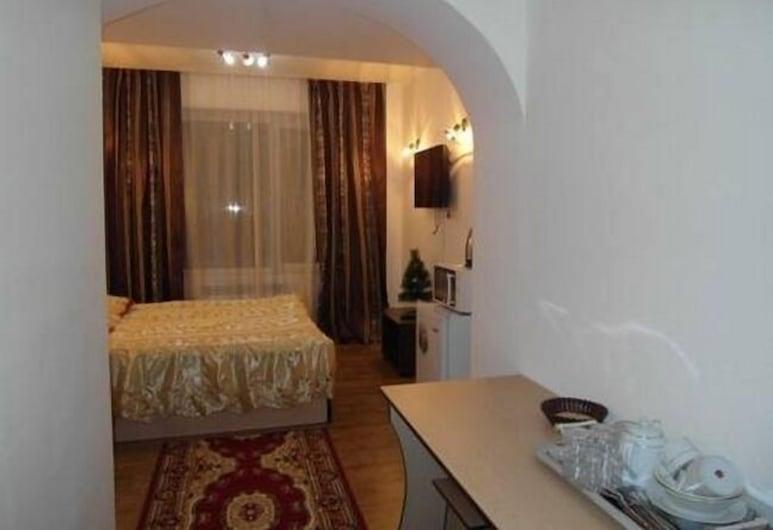 Kuze Hotel, Almaty, Junior-sviitti, Vierashuone