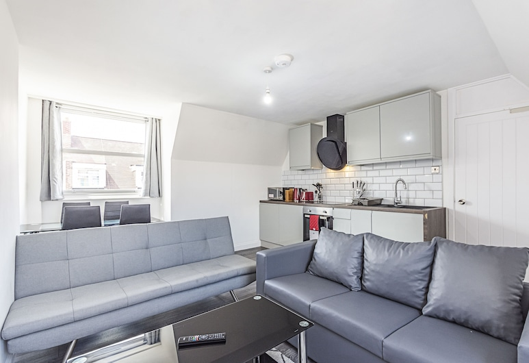 Hackney Central Modern Apartment , London