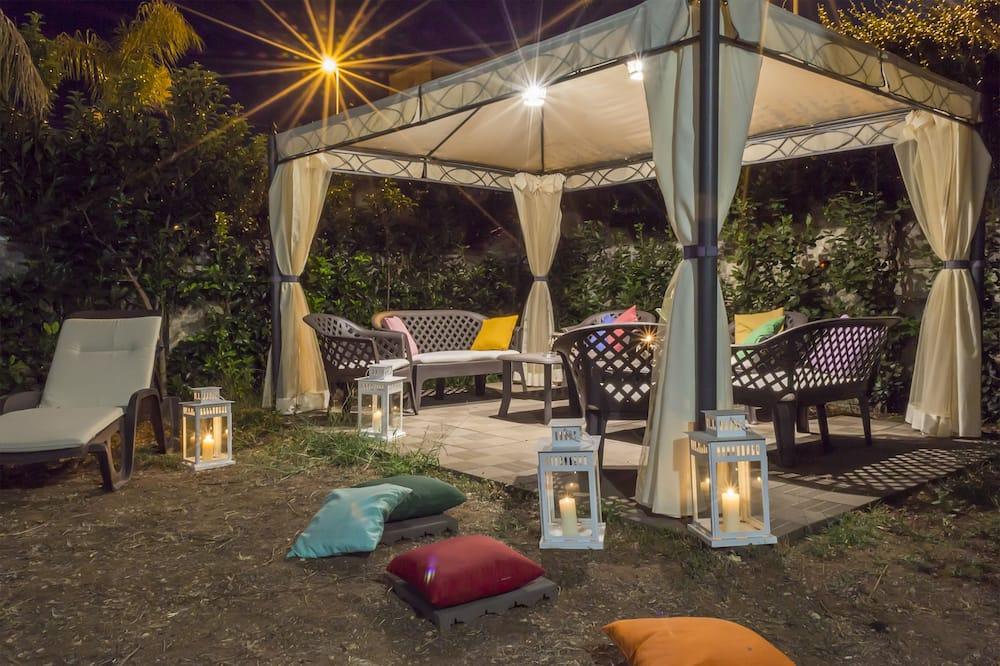 Habitación Deluxe doble, 1 cama de matrimonio - Vistas al jardín