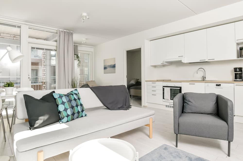 家庭公寓, 庭園景 - 客廳