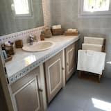 Comfort Suite (La Duo) - Bathroom