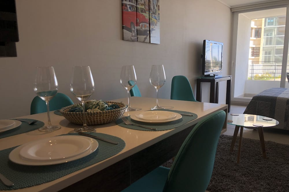 Comfort Apartment, Sea View - In-Room Dining