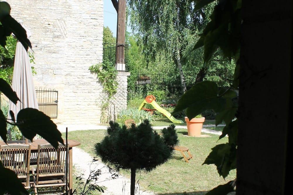 Doppelzimmer, barrierefrei (La chambre des peintres) - Blick auf den Garten