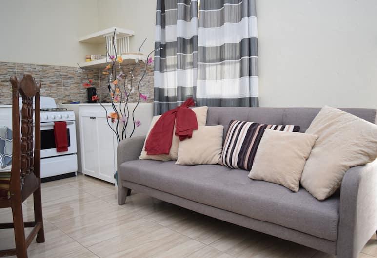 Justinn Apartments, Gros Islet, Appartement, 1 queensize bed met slaapbank, Woonruimte