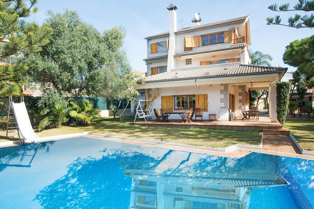 Villa Creixell with pool TH 64
