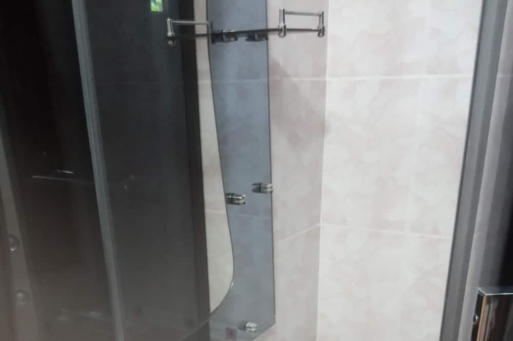 Family Apartment, Garden View - Bathroom