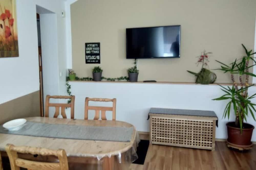 Apartment, Ground Floor (60 m2) - In-Room Dining