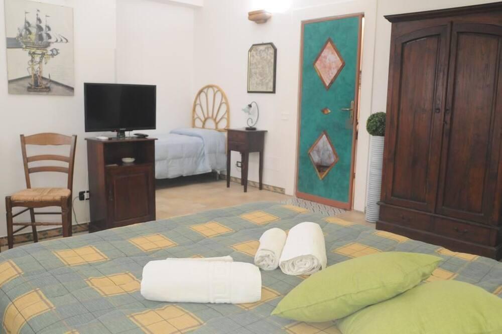 Τετράκλινο Δωμάτιο - Καθιστικό