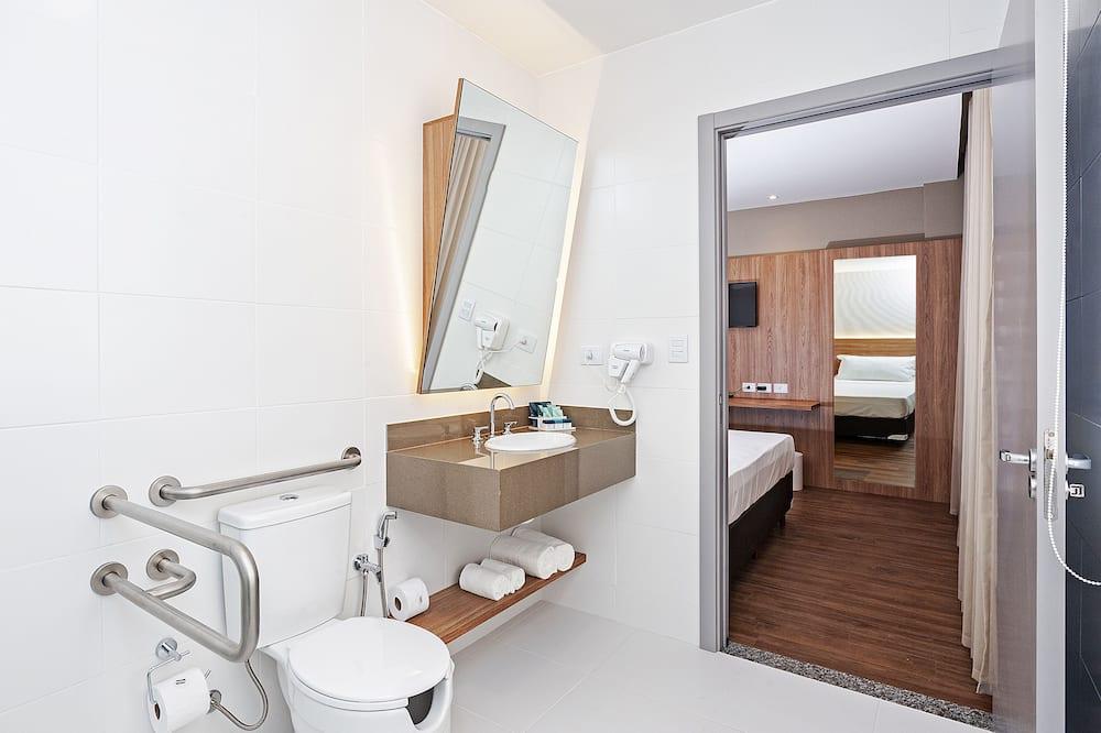 Deluxe Double Room (PCD) - Bathroom