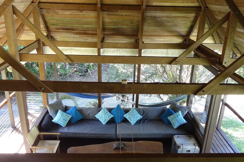 The Lodge House - Living Area