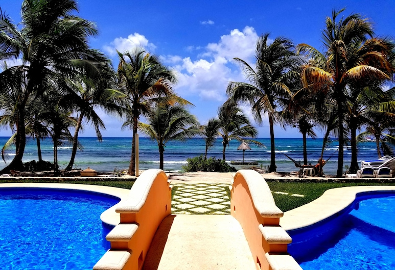 Beachfront Complex,1 Bd 1 Ba, Sleeps Up To 4, Awesome Pools, Beach, Puerto Aventuras