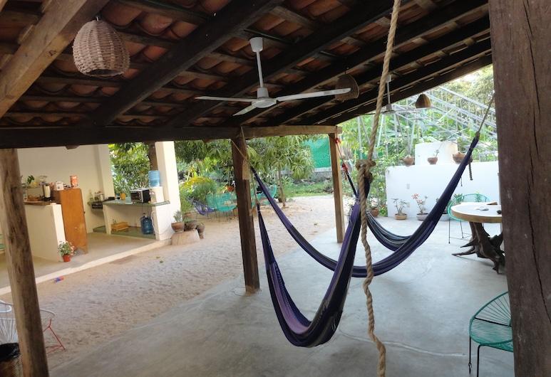 Paziflora Hostel, Puerto Escondido, Terrasse/veranda