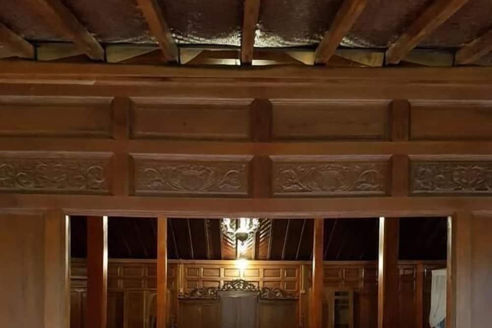 Romantic Tek Büyük veya İki Ayrı Yataklı Oda - Oturma Odası