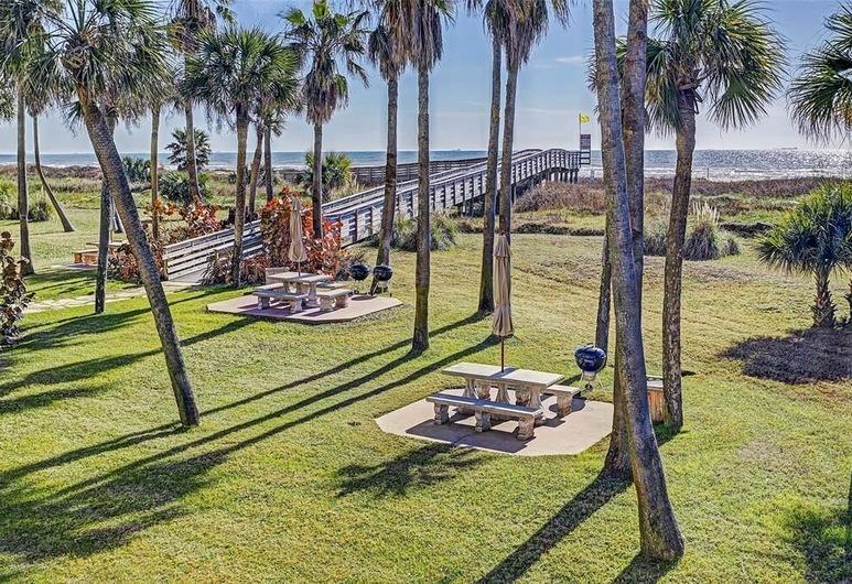 Galvestonian 1002-Beachfront Getaway - 2 Br Condo, גלווסטון, דירה, 2 חדרי שינה, שטחי הנכס