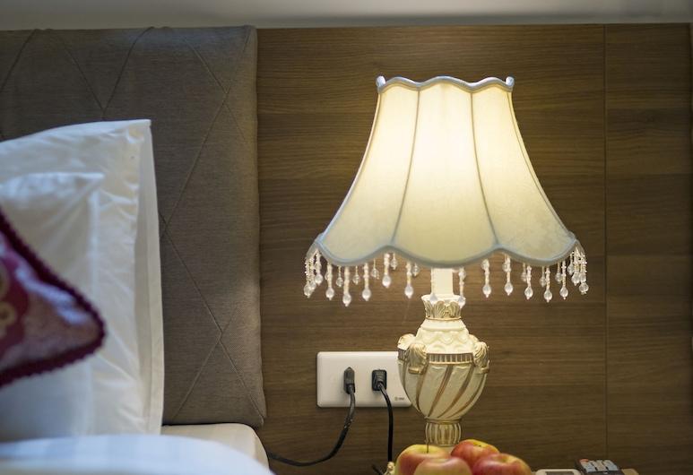 Camel City Hotel, Hanoi, Deluxe kolmetuba, Tuba