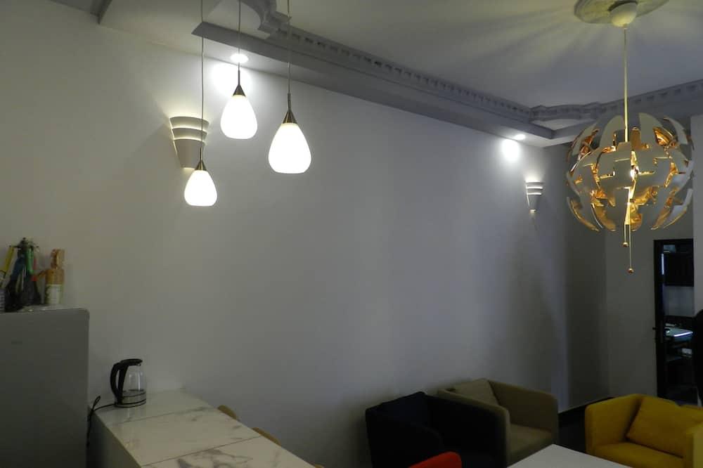 Executive tweepersoonskamer, 1 tweepersoonsbed, niet-roken, Uitzicht op de stad - Woonruimte