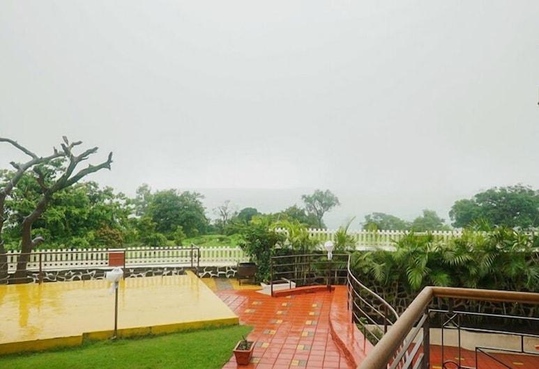 Mahinder Inn, Mahabaleshwar, Hotel Front