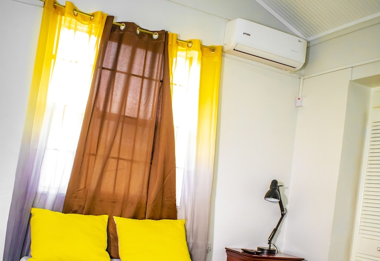Potters Place GuestHouse, Roseau, Deluxe Single Room, Guest Room