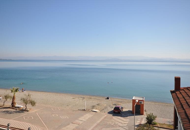 Villa Otel Restaurant & Cafe, Edremit, Playa