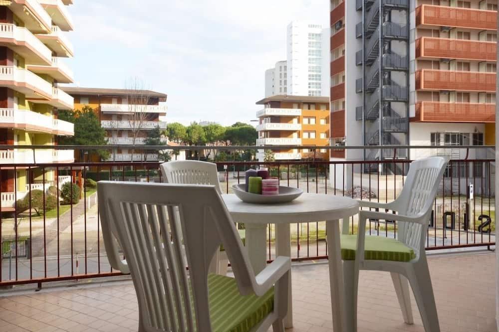 Апартаменты, 2 спальни (C-6) - Балкон