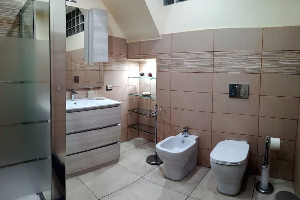 Deluxe-Doppelzimmer, Balkon - Badezimmer