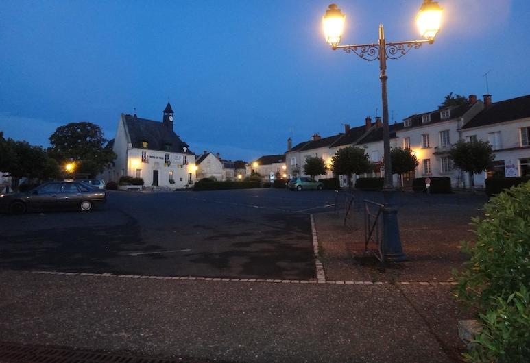 أوتل لو ليون دور, Ecueille, المنطقة المحيطة بالمنشأة