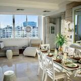 Апартаменти, 2 спальні (Jacuzzi) - Обіди в номері