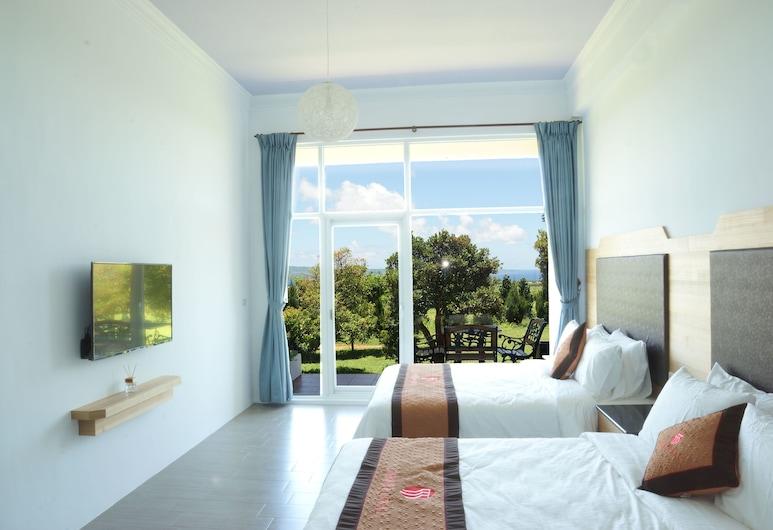 Coral Bnb, Hengchun, Phòng dành cho gia đình, Quang cảnh một góc biển, Quang cảnh phòng