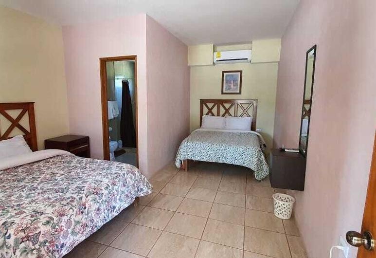 تريز كانيونيس, أوريكي, غرفة عائلية - منظر للجبل (Habitacion 3), غرفة نزلاء
